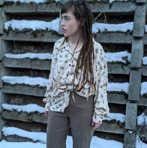 Vintage pine cone button up top